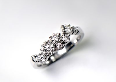 Diamond_ensemble_ring