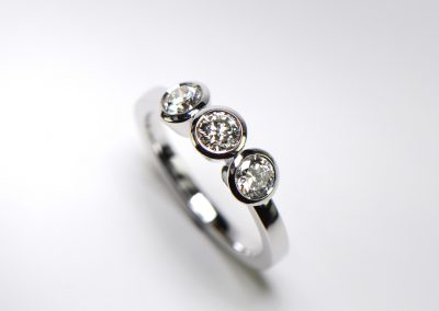 3-diamonds_ring_P