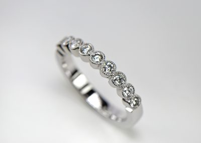Platinum_ring_row